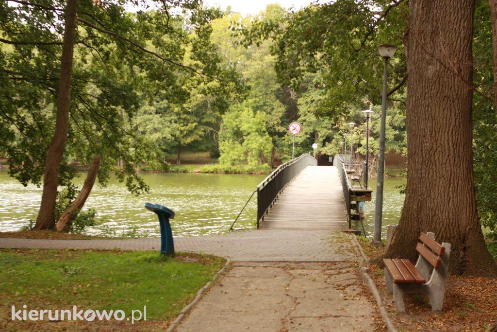 wczasy w lubniewicach Park Miłości w Lubniewicach