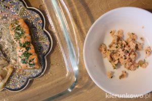 sałatka z łososiem dla dzieci