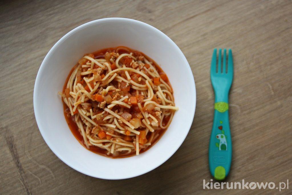 spaghetti dla dzieci obiad dla rocznego dziecka