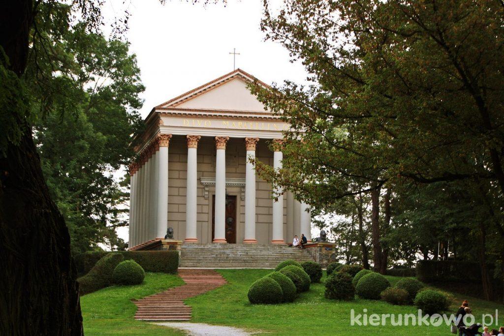 zespół pałacowo-parkowy kościół w rogalinie w rogalinie rogalin