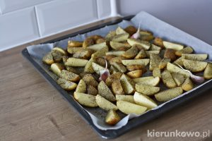 Pieczone ziemniaki na obiad