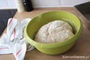 mieszany chleb razowy pszenno-żytni