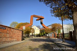 przekrój poznania instalacja rzeźba dawne wały obronne mieszka I ostrów tumski w poznaniu