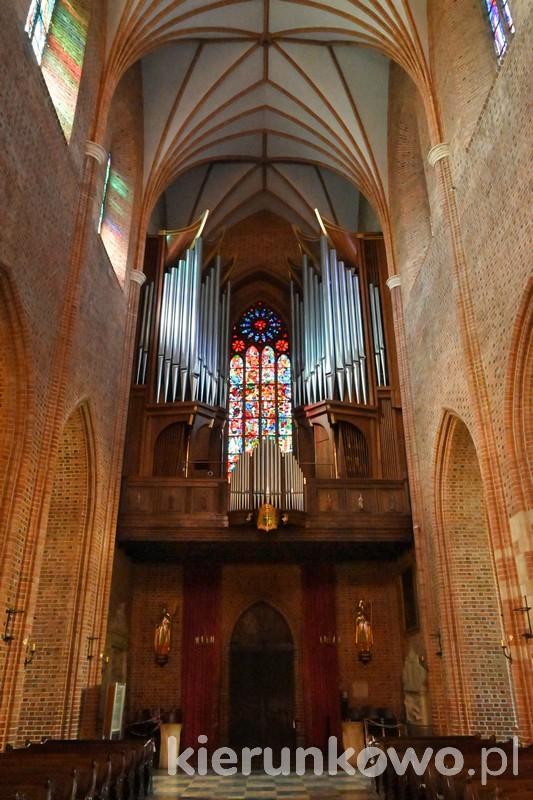 ostrów tumski w poznaniu katedra w poznaniu