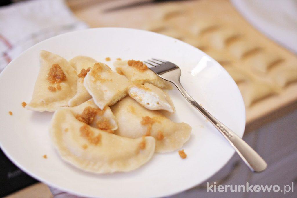 domowe pierogi z serem